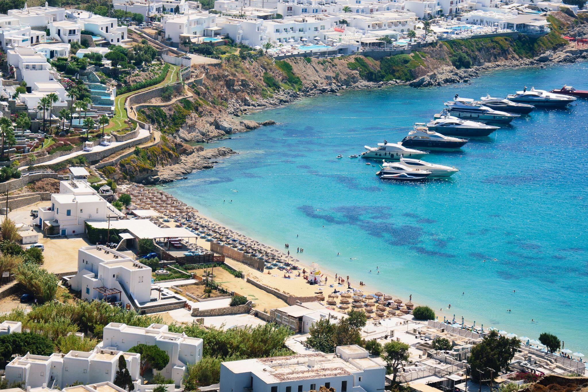 Psarou-beach-Mykonos-10